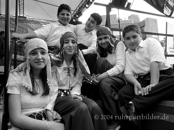 Türkische Tanzgruppe am 1. Mai in Bochum