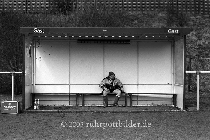 Einsamkeit auf Fussballplatz - Bochum